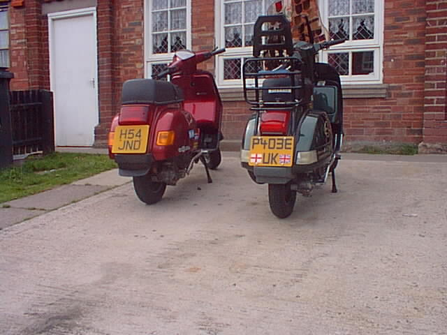 Vespa Cosa & Sidecar