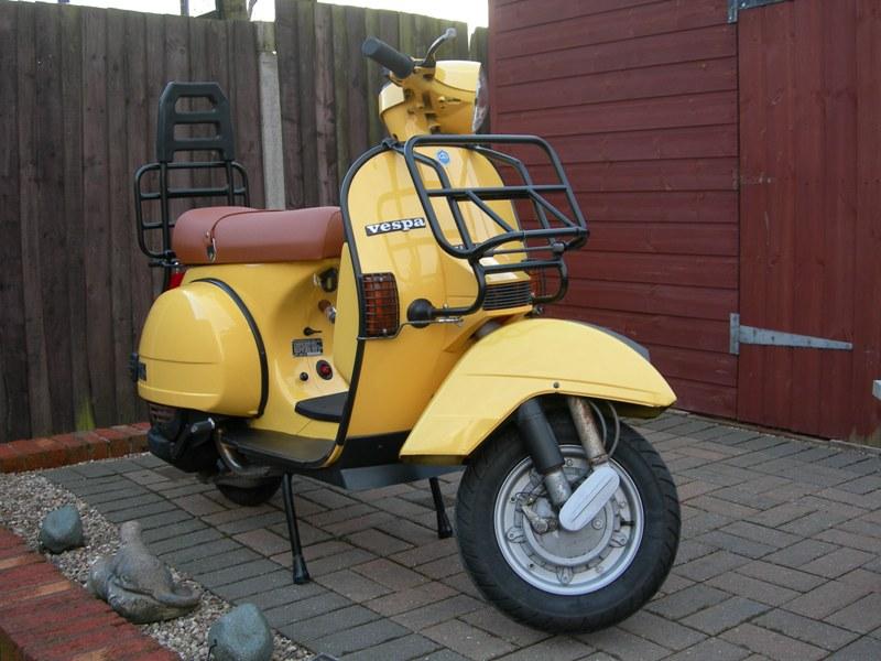 Vespa T5 Classic (Yellow)